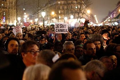 パリ シャルリー・エブド社襲撃事件 パリ北東部で犯人、警察と戦闘中 犯人のサイド・クアジ容疑者はイエメンでアルカイダの軍事訓練経験 defence health %e6%b0%91%e6%97%8f%e3%83%bb%e3%82%a4%e3%83%87%e3%82%aa%e3%83%ad%e3%82%ae%e3%83%bc %e6%98%a0%e7%94%bb god budah gaijin crime international %e3%82%b3%e3%83%9f%e3%83%83%e3%82%af%e3%83%bb%e3%82%a2%e3%83%8b%e3%83%a1