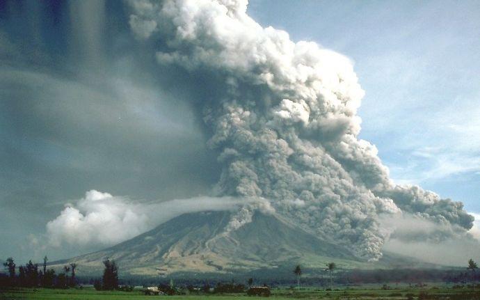 御嶽山噴火 7人が意識不明、4人重軽傷 被害の全容未だわからず 火砕流の発生に要注意、雲仙普賢岳忘れるな saigai defence