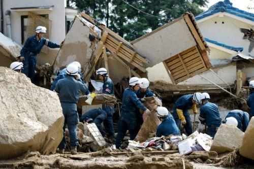 安倍ぴょん、今回は天ぷら中止で必死に長野地震被災地巡り 「選挙がかかった災害は一味違う」 defence saigai politics %e3%83%8d%e3%83%88%e3%82%a6%e3%83%a8%e8%ad%b0%e5%93%a1 netouyo