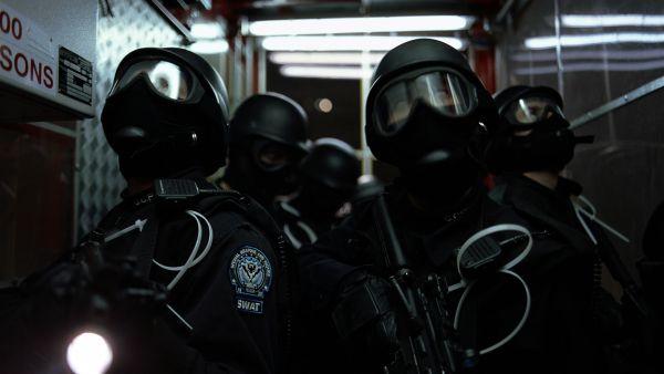 大串広樹刃物を持って大暴れ警官3人が発泡、銃弾7発撃ち込まれ重傷神奈川県横浜市 domestic jiken