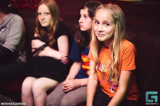 ロシアナイトクラブで女子小中学生と乱交パーティー参加費は800円 sexcrime %e5%b0%91%e5%a5%b3%e3%81%a8%e6%80%a7 international