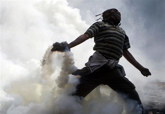 """アラブの春実るエジプトで「スナイパー通り」落成""""ヘッドショットで安楽死できます""""住民入り乱れ「市街戦」カイロ、無秩序状態に god budah international jiken"""