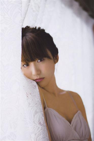 AKB48の大島優子(25)紅白歌合戦でAKB48卒業を発表北島三郎とかぶりブーイングの嵐 geinou domestic