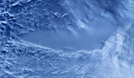 南極、厚さ4000mの氷層の下にある「ヴォストーク湖」…バクテリア以外に、より複雑な有機体が生息の可能性 health international %e3%82%b5%e3%82%a4%e3%82%a8%e3%83%b3%e3%82%b9